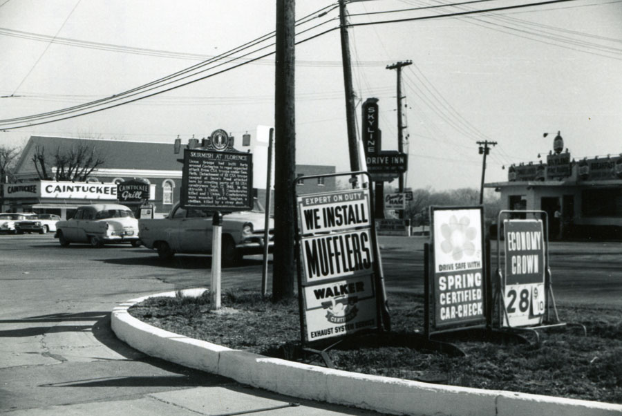 Intersection of Dixie Highway and Route 42 in 1961