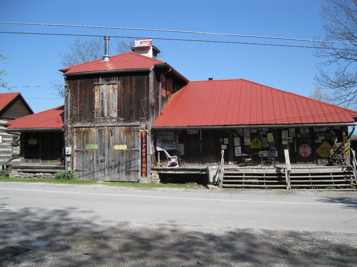 Rabbit Hash Barn