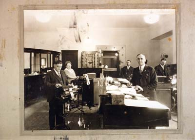 Boone County Deposit Bank, Opening Day, 1925