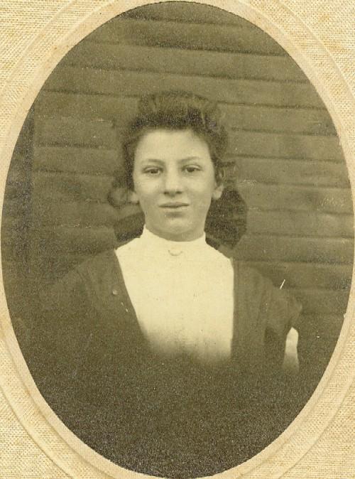 Alma Riley