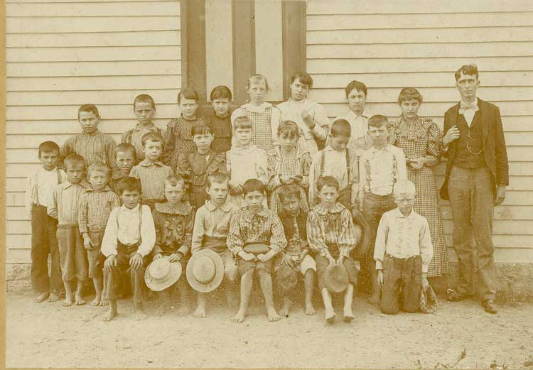 Francisville area school children at nearby Sand Run School