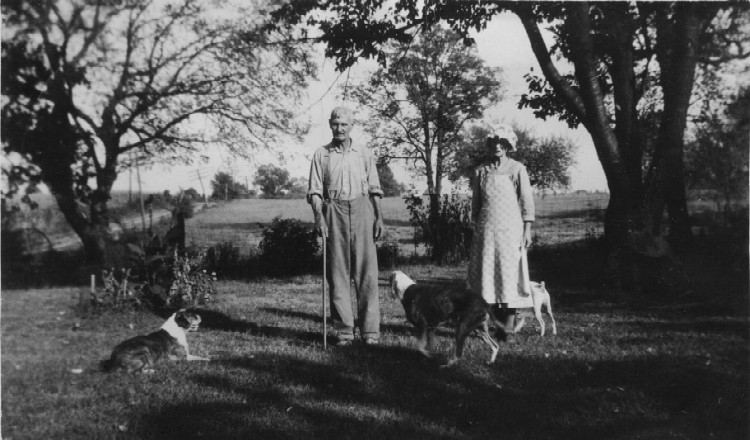 Bert & Anna Rouse at home on Route 18, Sept. 1943