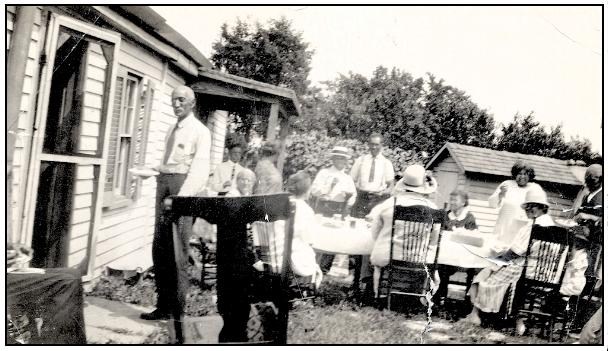 Sleet Family Picnic, circa 1940