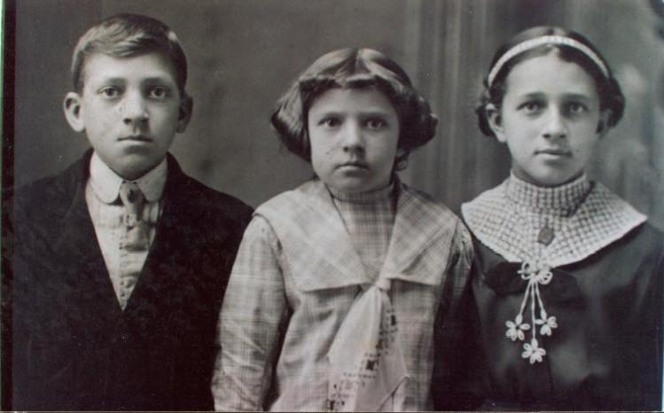 Wilbur, Clara Dean and Francis Ryle