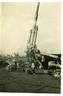 Earl Dolwick, World War II
